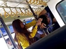 Xôn xao clip đôi nam nữ tranh cãi kịch liệt rồi lao vào đánh nhau với phụ xe buýt vì không được mở cửa sổ