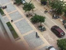 Hà Nội: Bé gái trọng thương khi chơi ở sân chung cư