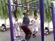 Cụ bà tập thể dục hơn cả thanh niên trẻ