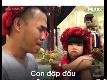 Khi mẹ bị bố và con gái cho ra rìa