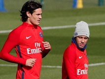 Neymar muối mặt xin lỗi đồng đội sau lùm xùm tranh đá penalty với Cavani