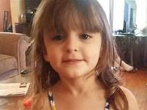 Tìm kẹo nhưng thấy súng, bé gái 4 tuổi tự giết mình