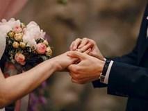 Éo le cưới lại vợ cũ