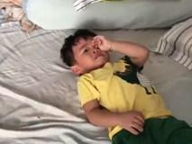 Clip: Bố cứ nói tiếng Nghệ An là bé khóc ầng ậc