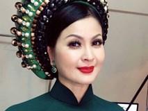 Diễn viên Yến Vy run rẩy trong lần tái xuất tại Việt Nam