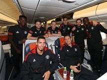 Man Utd bay hơn 5.000 km đá Champions League