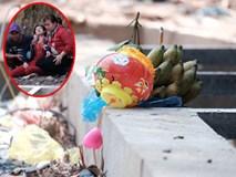 Mẹ nấc nghẹn cầm chiếc lồng đèn vừa mua cho con trai bị rớt cống mất tích ở Đồng Nai