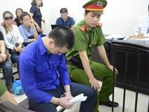 Vụ bé gái 8 tuổi bị xâm hại ở Hà Nội: Cao Mạnh Hùng khẳng định không dâm ô cháu bé