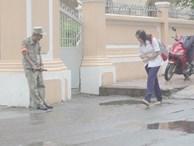 Chuyện chưa kể về bác bảo vệ mà học sinh chuyên Lê Hồng Phong cúi đầu chào mỗi ngày: 'Hiệp sĩ' xích lô 21 lần bắt cướp
