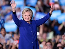 Bà Hillary Clinton đã dành đến 600 tiếng để làm đẹp trong suốt quá trình tranh cử