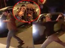 Cãi nhau sau va chạm giao thông, tài xế ô tô cầm rìu chém tới tấp vào lưng người đàn ông ở Sài Gòn
