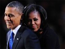 Món quà bất ngờ của ông Obama khiến bà Michelle phải 'đỏ mặt' ngượng ngùng
