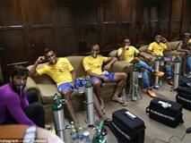 Neymar và đồng đội tuyển Brazil phải thở oxy sau trận hòa Bolivia
