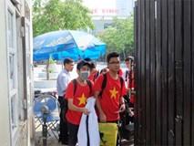 Trường Lương Thế Vinh không chào cờ đầu tuần, học sinh sốc khi biết thầy Cương qua đời