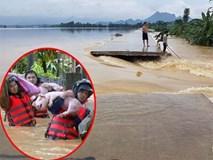 Hà Nội: Vỡ đê ở Chương Mỹ, nước chảy xiết phủ trắng cả một vùng