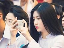 'Hot girl áo dài' tự tin khoe giọng hát ngọt như mía lùi khi cover hit 'Duyên phận'