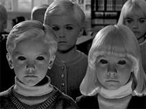 """""""Đám trẻ mắt đen"""": Câu chuyện rùng rợn đêm Halloween để dọa trẻ em hay cơn ác mộng có thật?"""