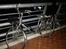 Thai phụ có biểu hiện trầm cảm bỏ lại xe đạp, nhảy cầu tự tử giữa đêm