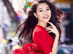 Ngắm Hoa hậu Đặng Thu Thảo mãi không biết chán