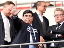 Maradona chứng kiến Tottenham phá kỷ lục của Man Utd