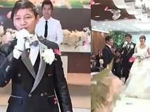 Chú rể hát như ca sĩ trong đám cưới làm người nghe bấn loạn
