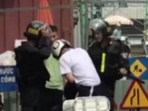 Xôn xao clip người mặc đồ cảnh sát cơ động