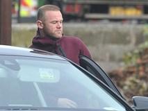 Rooney lủi thủi đi lao động công ích, bà xã Coleen du hí đảo Barbados
