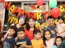 Sau bão scandal, bà xã Xuân Bắc trẻ trung đến dự sinh nhật con gái Tự Long