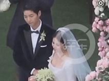 Khoảnh khắc chứng minh Song Joong Ki yêu Song Hye Kyo đến nhường nào trong đám cưới giữa thời tiết lạnh xứ Hàn