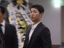 Đám cưới vừa kết thúc, Song Joong Ki đã đến viếng nam diễn viên bạc mệnh Kim Joo Hyuk