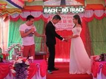 Cười ngất khi Tự Long làm MC đám cưới