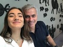 HLV Mourinho hạnh phúc mừng sinh nhật con gái