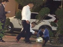 Chiếc bánh gato trên vỉa hè và sự vụng về của 4 người đàn ông khiến dân mạng cay mắt