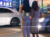 Hình đăng lên trang cá nhân chau chuốt, nhưng lúc nào bị chụp trộm sao Việt cũng luôn trong style... luộm thuộm