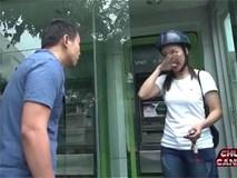 Cảnh giác: Đánh thuốc mê cướp đồ giữa ban ngày ở cây ATM