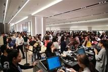 Zara Hà Nội khai trương: trưa lượng người kéo đến chật cứng cả 3 tầng