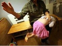 Dừng ngay việc đánh con bởi hậu quả tiêu cực kéo dài đến 10 năm sau