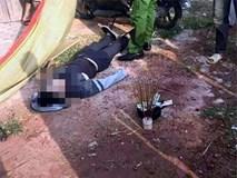 Người dân hốt hoảng phát hiện nam thanh niên chết trên xe máy