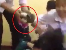 Nữ sinh lớp 10 bị nhóm bạn đánh hội đồng dã man, nhiều học sinh chỉ đứng nhìn không can ngăn