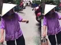 Bà cụ 84 tuổi bán vé số nói tiếng Anh như gió