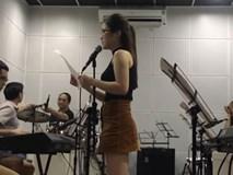 Màn hát live trong phòng tập của Hương Tràm được khán giả khen ngợi
