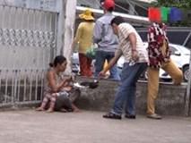 Căm phẫn vụ lạm dụng trẻ em xin tiền tiêm chích ma túy