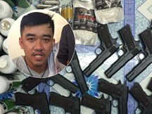 """""""Ông trùm"""" 9x buôn vũ khí trên mạng, mang vali """"hàng nóng"""" giao dịch ngay giữa Sài Gòn"""