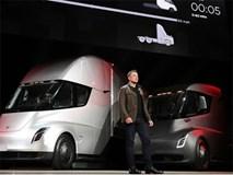 Sếp Toyota chê xe điện của Tesla