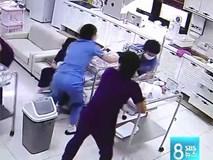 Giữa cơn động đất dữ dội, y tá Hàn Quốc bất chấp hiểm nguy, che chắn cho trẻ sơ sinh khiến ai cũng xúc động