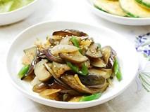 Món cà tím xào siêu đơn giản chỉ cần thêm 1 nguyên liệu này ăn mùa đông sẽ cực hợp