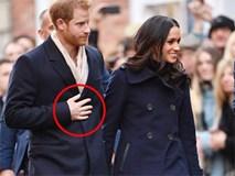 """Cách thể hiện tình yêu muốn """"cả thế giới biết"""" của cặp đôi đang hot nhất nước Anh"""