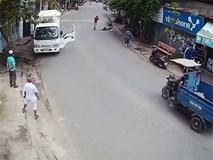 Tài xế taxi Mai Linh vung dao chém xe tải vì không nhường đường