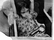Bỏ mặc những lời cảnh báo, cặp vợ chồng vẫn quyết nhận bé gái làm con nuôi và đau đớn phát hiện một sự thật kinh khủng