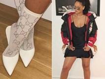 Rihanna gây chú ý với đôi tất giá 30 triệu đồng